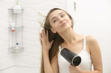 美髪を生むドライヤーと乾かし方とは?