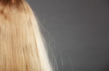 髪を静電気から守る裏ワザとは?