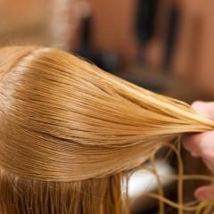 髪のホコリは気づかないうちに蓄積されている