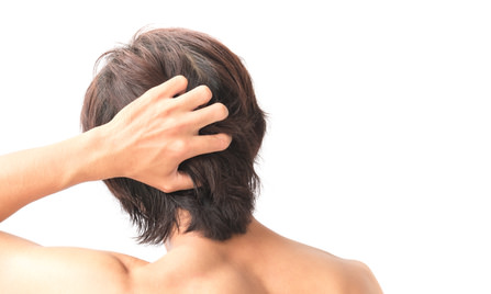 髪が柔らかい男性は薄毛になる?
