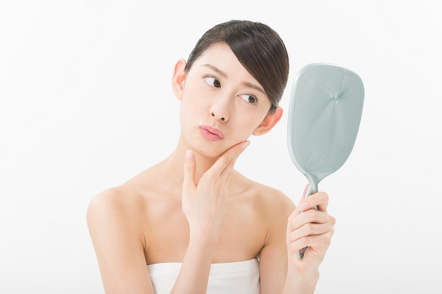 生活習慣が乱れるとくせ毛になるの?