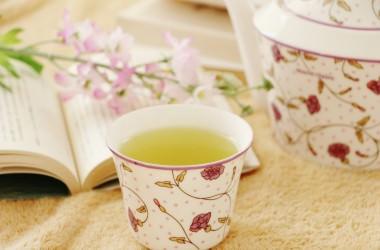 ヘアケアにはお茶が効果的なの? ヘアケア講座