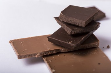 カカオチョコレートは髪に効果があるの? ヘアケア講座