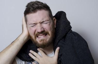頭皮ニキビを引っかいてしまった時の正しいケア方法とは? ヘアケア講座 頭皮ケア(スカルプケア)