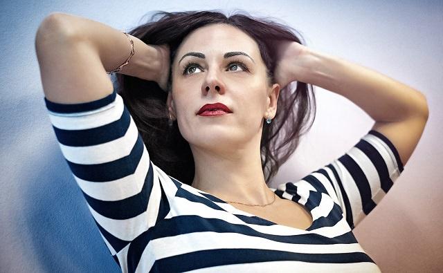 女性の髪のボリュームが減る理由とは?
