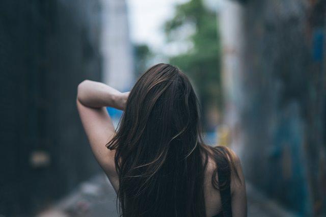 毛髪の成長と生活習慣による脱毛症について