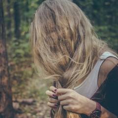ディープクレンジングコームでサラツヤ髪に