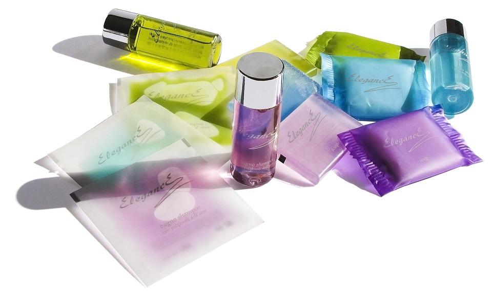 cosmetics-106982_960_720