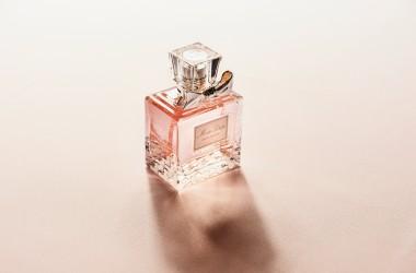 お気に入りの香水でヘアコロンを作る方法 ヘアケア講座 頭皮ケア(スカルプケア)