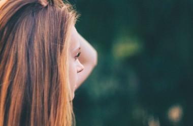 縮毛矯正で髪が絡まりやすくなるのは何故?