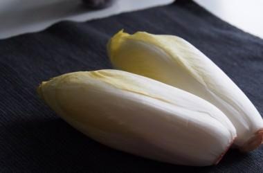 注目の野菜、「チコリ」を食べて美しい髪を手に入れる! ヘアケア講座