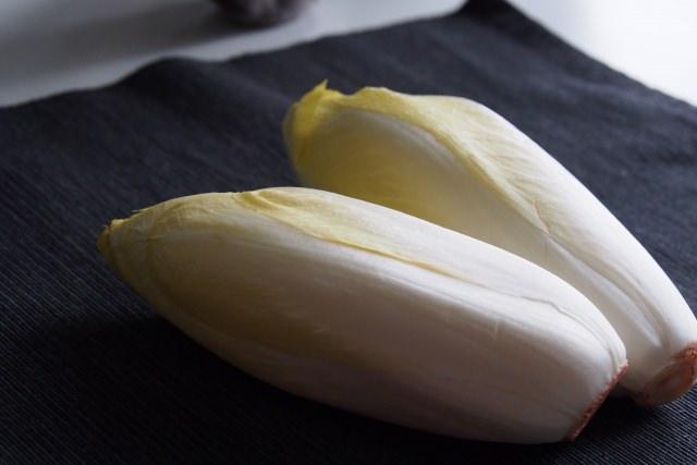 注目の野菜、「チコリ」を食べて美しい髪を手に入れる!