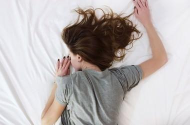 寝癖がつく日とつかない日の違いとは