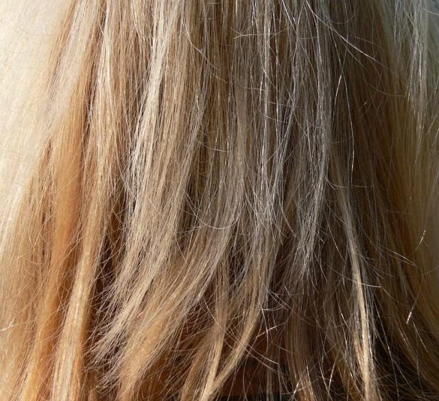 縮毛矯正後に切れ毛が増える?
