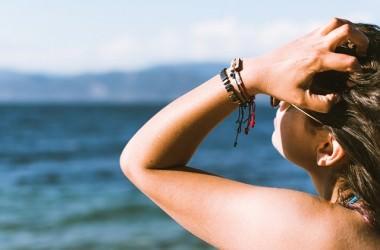 頭を掻くと頭皮にどんな影響があるの? ヘアケア講座 頭皮ケア(スカルプケア)