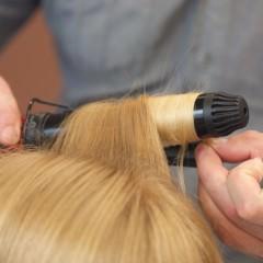 髪を傷めないための髪を巻く前のケアとは