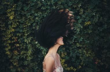 枝毛になる原因とケア方法