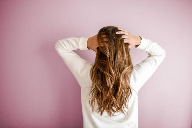 髪が傷みすぎ!と感じた時にまずやるべき事