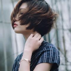 30代になったら髪型を変えた方がいいの?