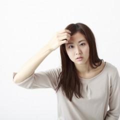 20代女性の薄毛が急増中?原因と対策とは