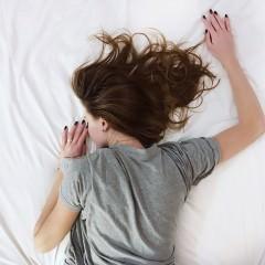 睡眠で髪質改善