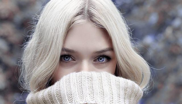 乾燥が気になる冬に行うべきヘアケアとは?