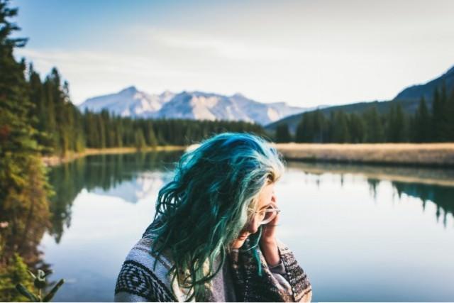 色の抜けやすい髪質って?