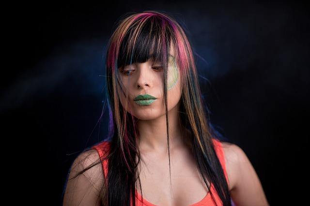 100均で買えるヘアカラーアイテムにはどんなものがある?