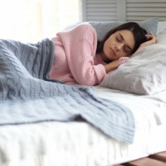 睡眠不足による薄毛に注意