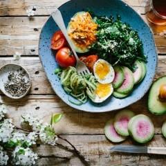 髪に良い食べ物・飲み物と最適な温度について