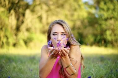 第一印象は香りが重要?!好印象を与える髪を手に入れよう ヘアケア講座 頭皮ケア(スカルプケア)
