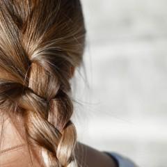 自分に似合う髪色の選び方