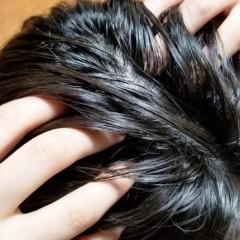 髪が長い人は薄毛になりやすい?