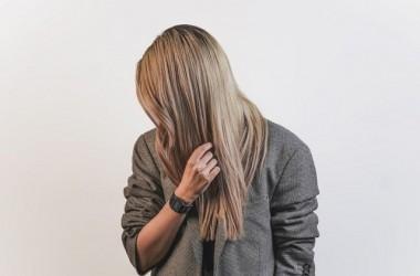 髪の伸びが早い人と髪の伸びが遅い人の違いって?