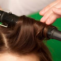 髪を巻いてもすぐ取れてしまう場合の解決法