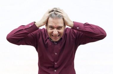 男性に多いAGAって?抜け毛はストレスが原因?抜け毛に関する疑問や知っておきたい脱毛症の種類! ヘアケア講座