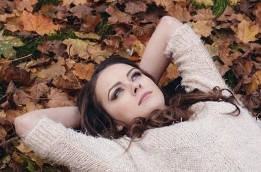 静電気・抜け毛・乾燥?!秋冬にやってくる髪へのダメージへのヘアケア方法☆ ヘアケア講座