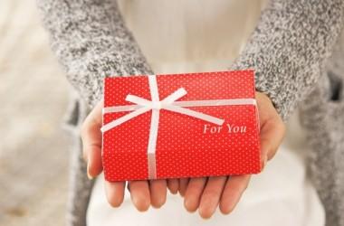 【予算別・相手別】プレゼントにぴったりのヘアケア&ヘアアレンジグッズ