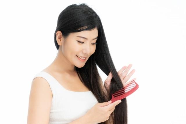 静電気は髪の大敵?静電気を防ぐオススメヘアブラシまとめ!
