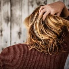 直毛でも巻き髪を長時間キープできる秘訣