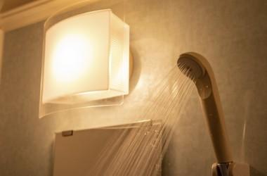 その温度、ダメージの元かも!シャワーの適温とは? ヘアケア講座