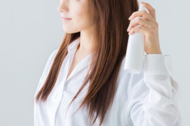 何で白くなっちゃうの?!ケープで髪の毛が白くならない方法