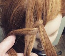 前髪編み込みヘア2