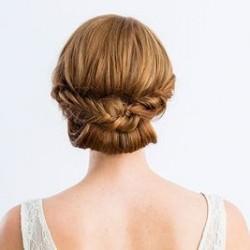 フィッシュボーンを加えたギブソンタックでまとめ髪 ヘアアレンジ ロングヘア