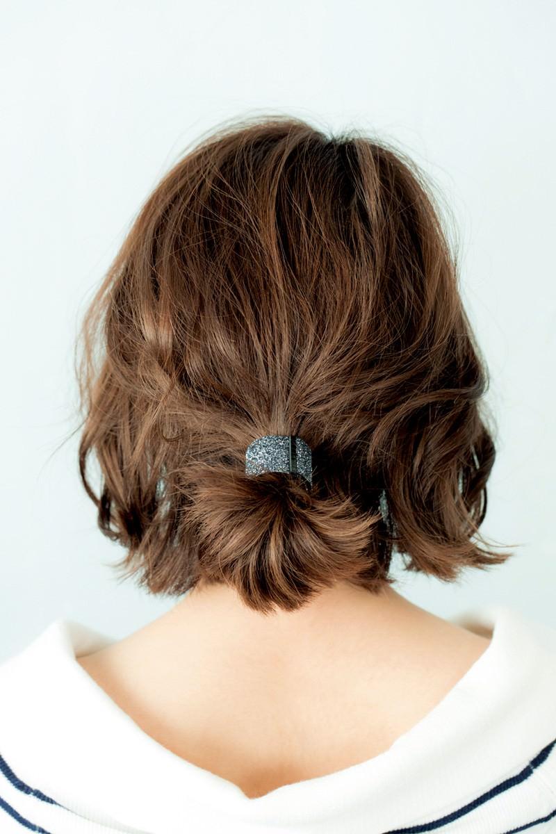 ボブでスッキリまとめ髪スタイル2