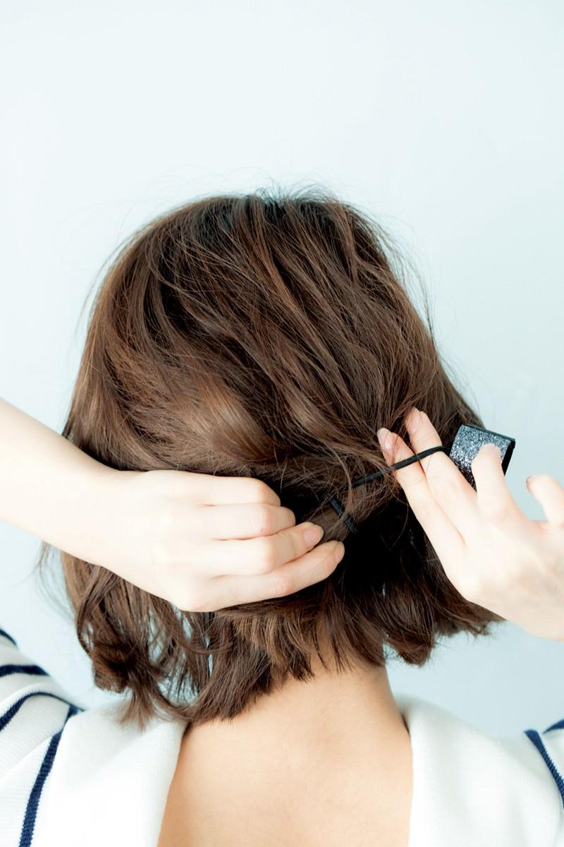 ボブでスッキリまとめ髪スタイル1