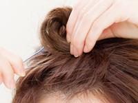 ☆おでこ見せでアクティブに!前髪おだんごならアクセ必要なし☆step2