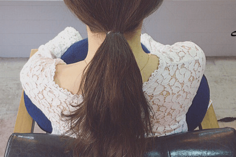 ドーナツポニーにひと手間加えるだけのまとめ髪!2