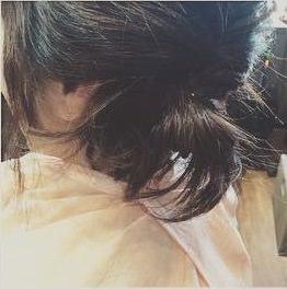 後れ毛が女らしい♡ゆるっとシニヨンアレンジ4