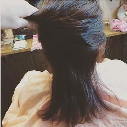 後れ毛が女らしい♡ゆるっとシニヨンアレンジ1